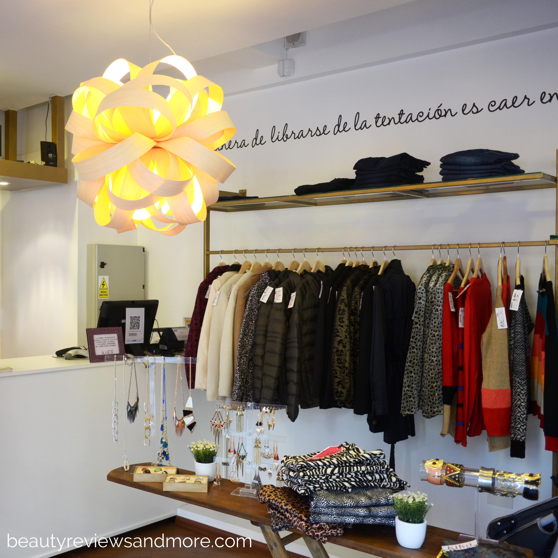 Pasen y vean nuevo local de kika bienvestida en belgrano - Modelos de vidrieras ...