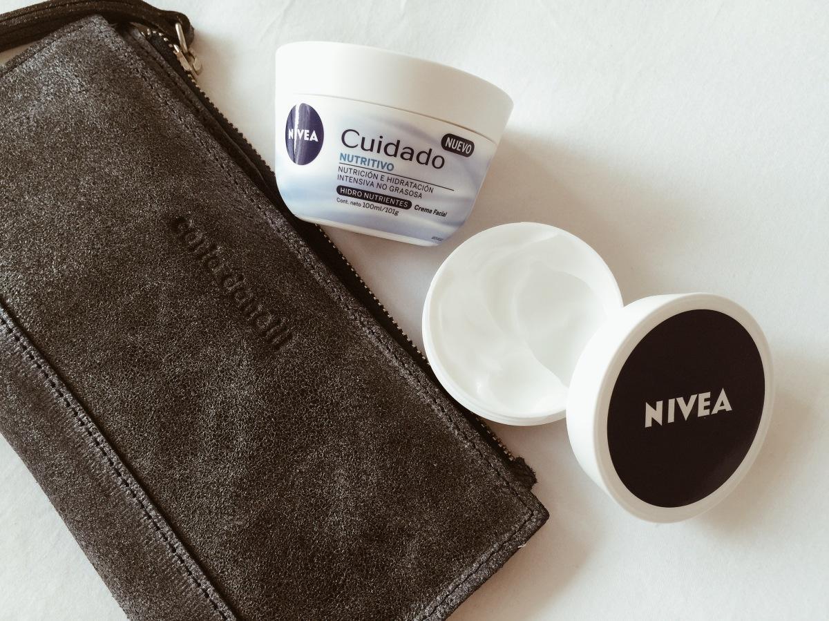 Nivea Cuidado: Nutrición e hidratación sin sensación grasosa (comprobado!)